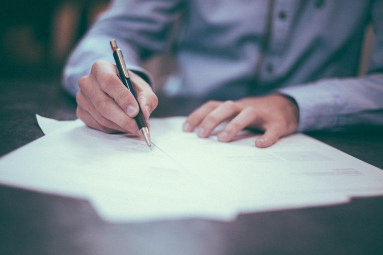 Comment résilier mon contrat de location pour changer de bureaux ?